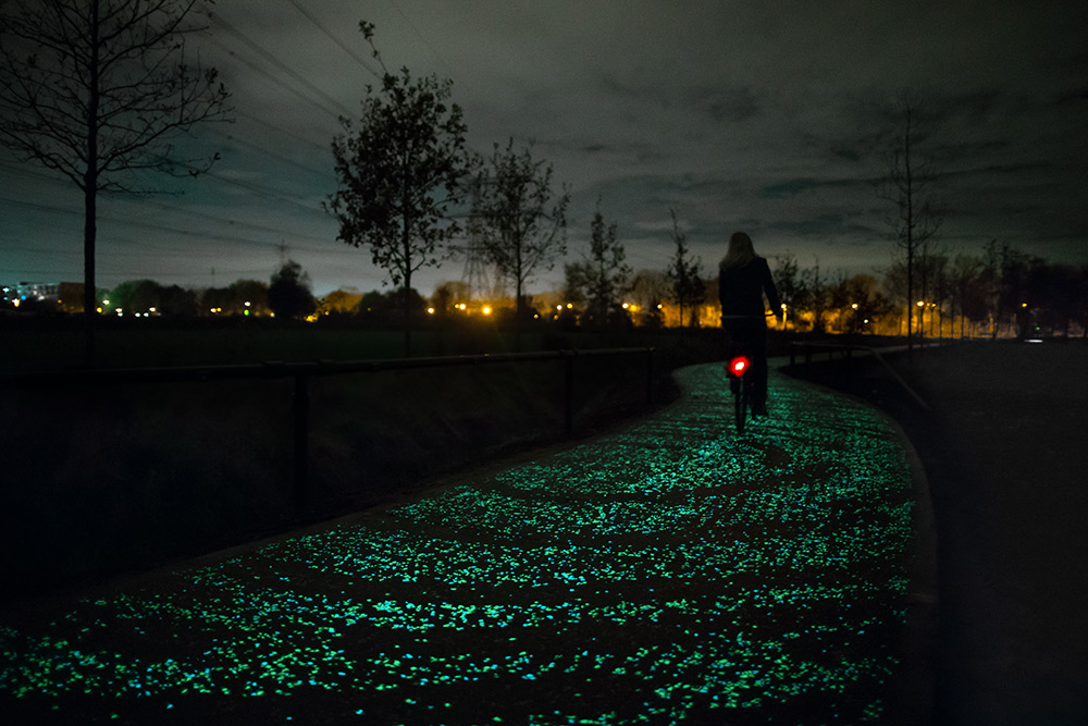Van Gogh bike Path by Studio Roosegaarde