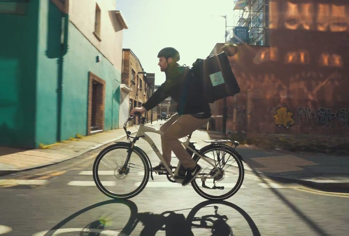 Drop wine delivery courier rides his VOLT electric bike