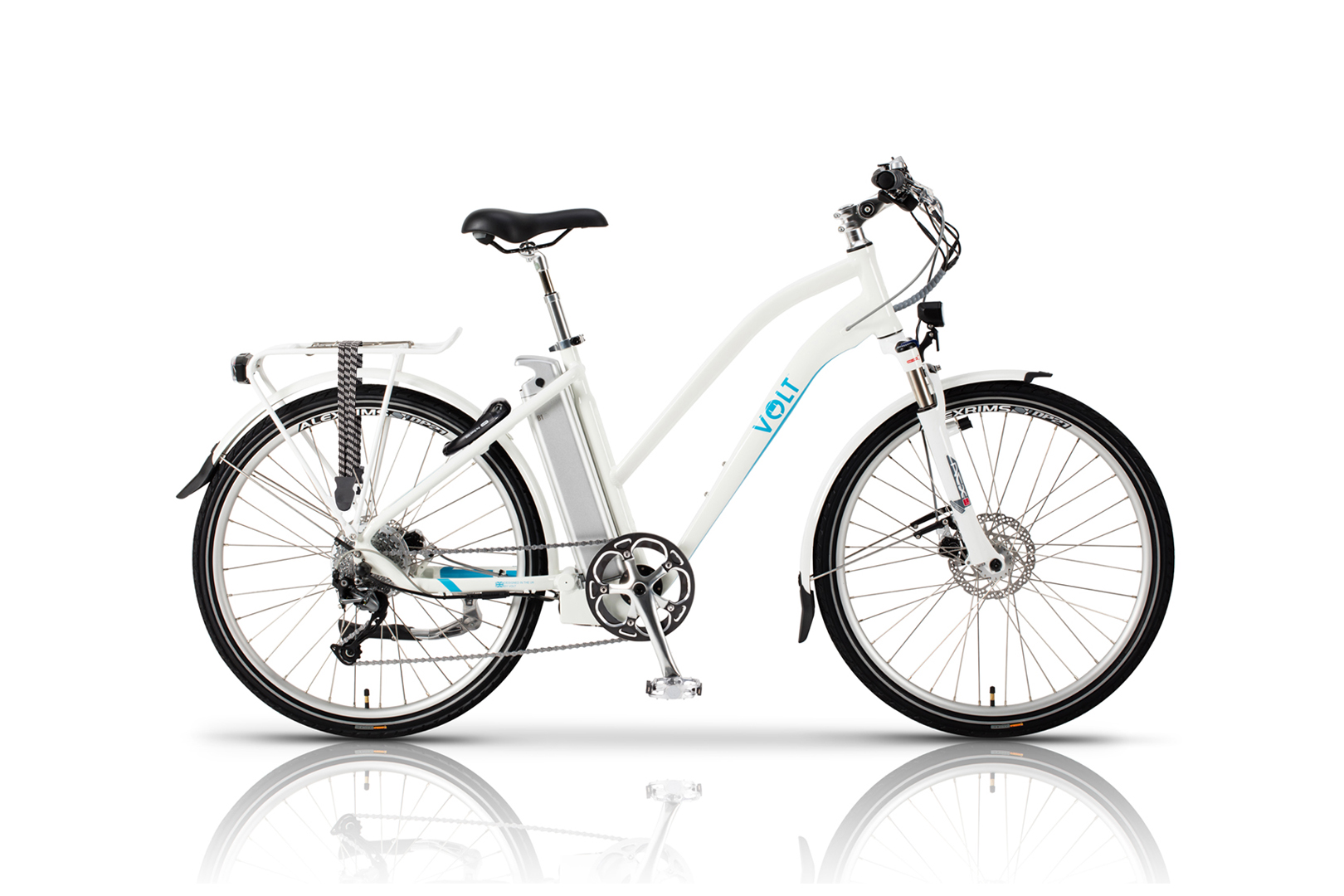 VOLT™ Pulse LS E-bike studio photograph side on with a white background