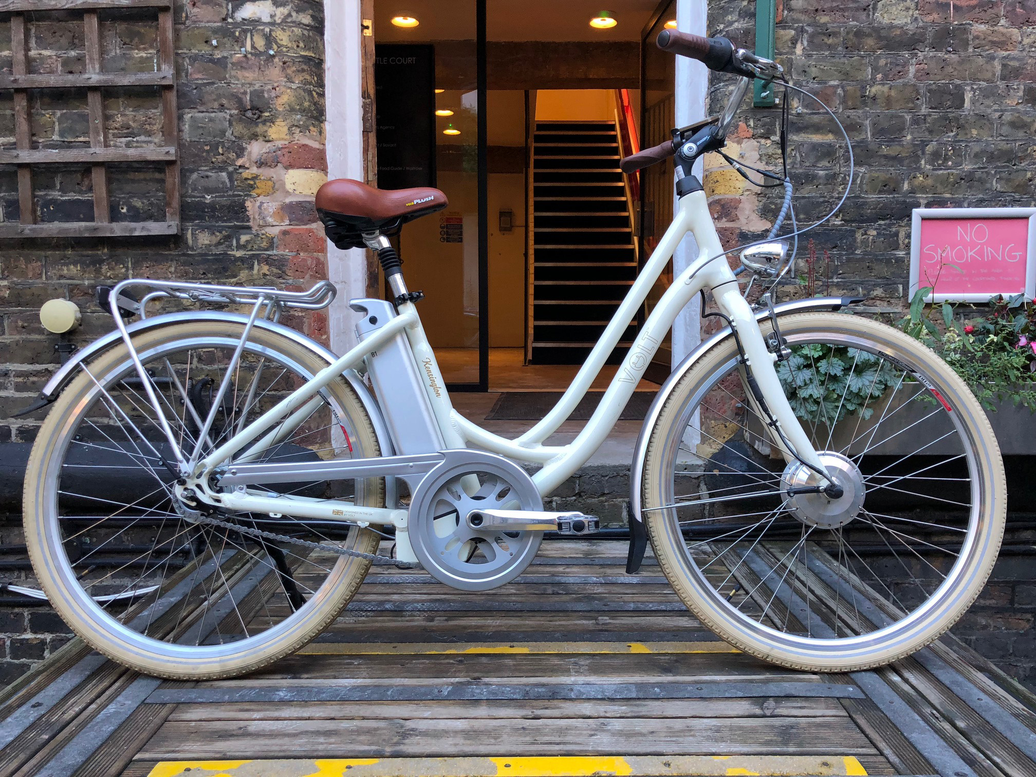 VOLT™ Kensington White Step Through Electric Bicycle
