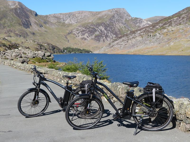 Pulse and Pulse LS by Llyn Ogwen in Snowdonia